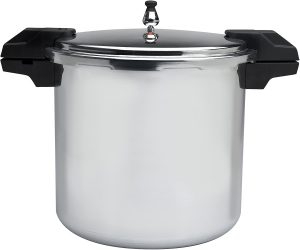 Instant pot vs pressure cooker? This is a common quagmire that faces cooking enthusiasts! It's relatively challenging for many people to differentiate between these two cooking equipment.