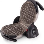 Waking up to a fresh aroma of freshly baked waffles is heavenly! If you're a fan of waffles, getting the best waffle maker with removable plates will be the best buying decision you ever made!