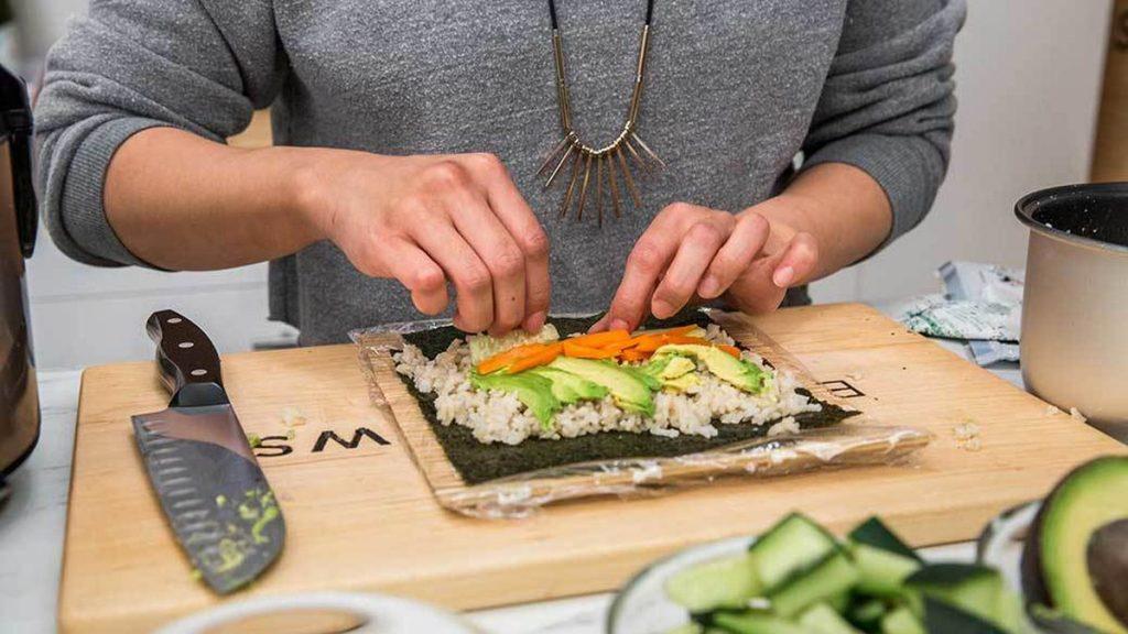 How to Use Sushi making kit