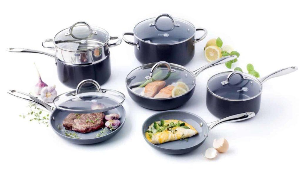 How to Clean Ceramic Titanium Cookware